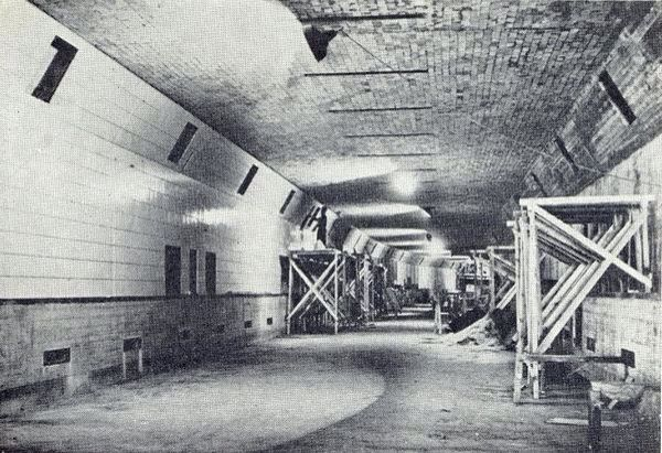 Aan bouw Maastunnel