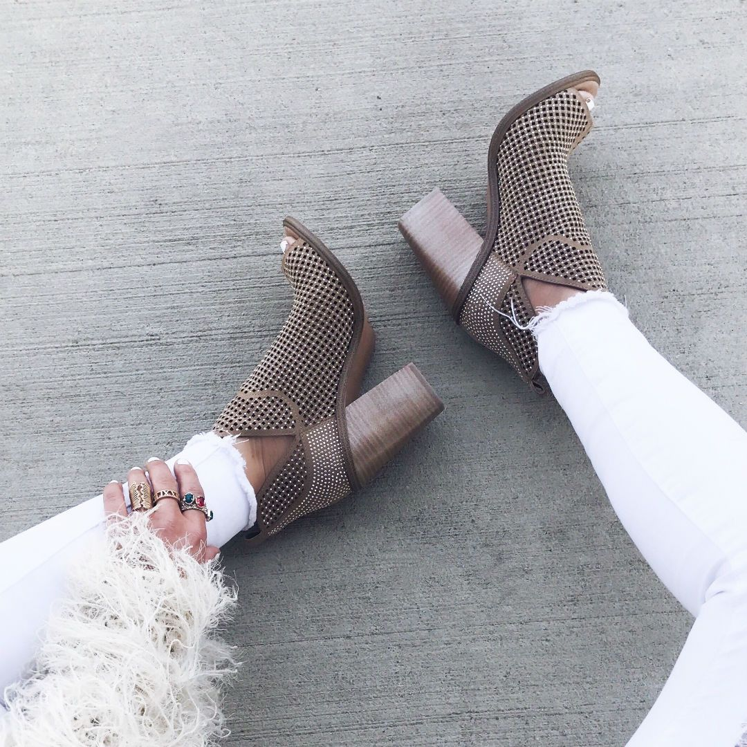 e30577cd2d6 Instagram Round-Up | The House of Sequins Blog | Winter outfits ...