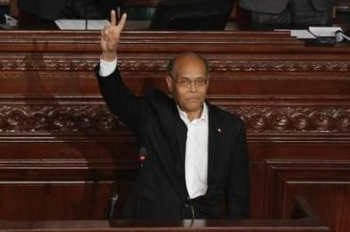 تونس ترفع حالة الطوارئ بعد ثلاث سنوات من اقرارها - http://aljadidah.com/2014/03/%d8%aa%d9%88%d9%86%d8%b3-%d8%aa%d8%b1%d9%81%d8%b9-%d8%ad%d8%a7%d9%84%d8%a9-%d8%a7%d9%84%d8%b7%d9%88%d8%a7%d8%b1%d8%a6-%d8%a8%d8%b9%d8%af-%d8%ab%d9%84%d8%a7%d8%ab-%d8%b3%d9%86%d9%88%d8%a7%d8%aa-%d9%85/