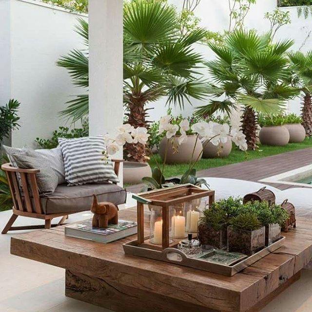Outdoor living #Pinterest #outdoorroom #poolsidestyle #gardendesign #gardenstyling #outdoorspaces #gardeninspiration #greengarden #resortstyle