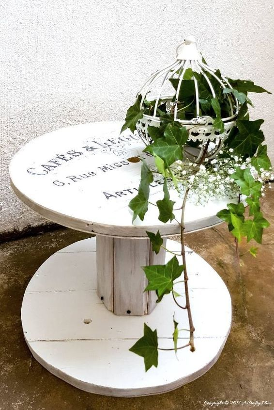 Make Your Own Wooden Cable Spool #cablespooltables