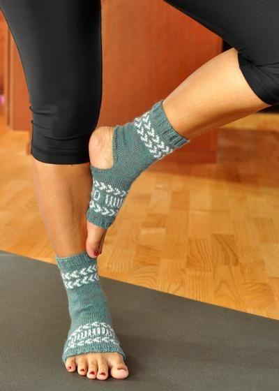 Fair Isle Yoga Socks Knitting Patterns And Crochet Patterns From