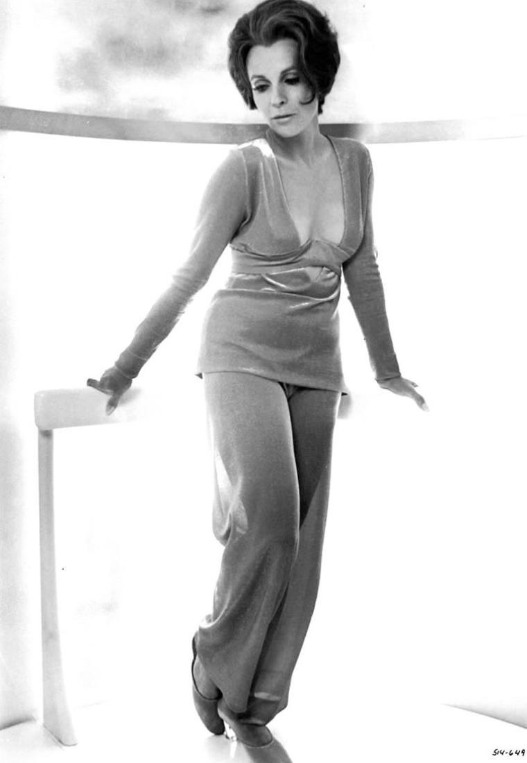 Elizabeth MacRae,David Reale Porno image Iza Calzado (b. 1982),Ragini Dwivedi