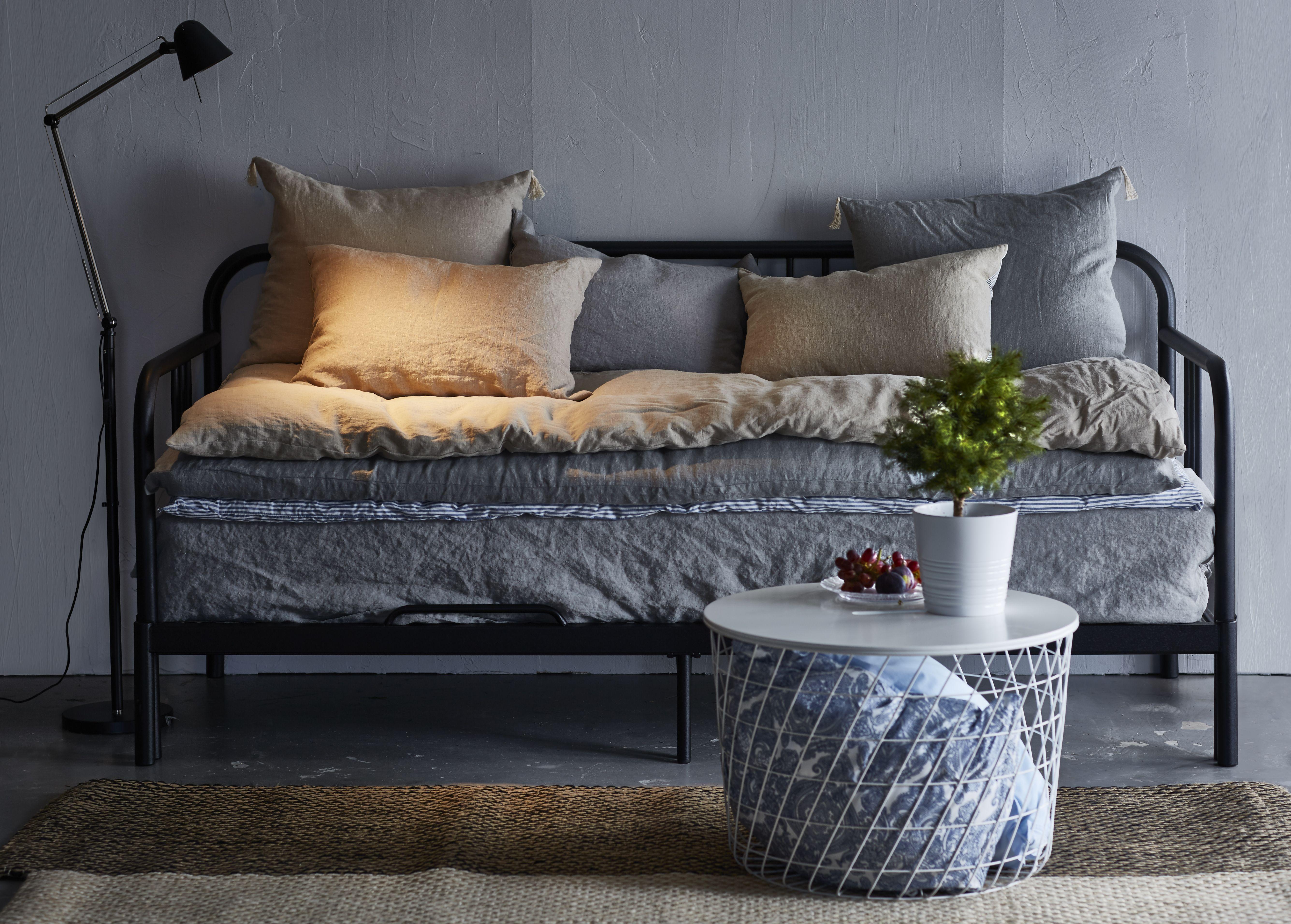 KVISTBRO Mesa de almacenaje, blanco, 17 cm - IKEA  Sofá de la