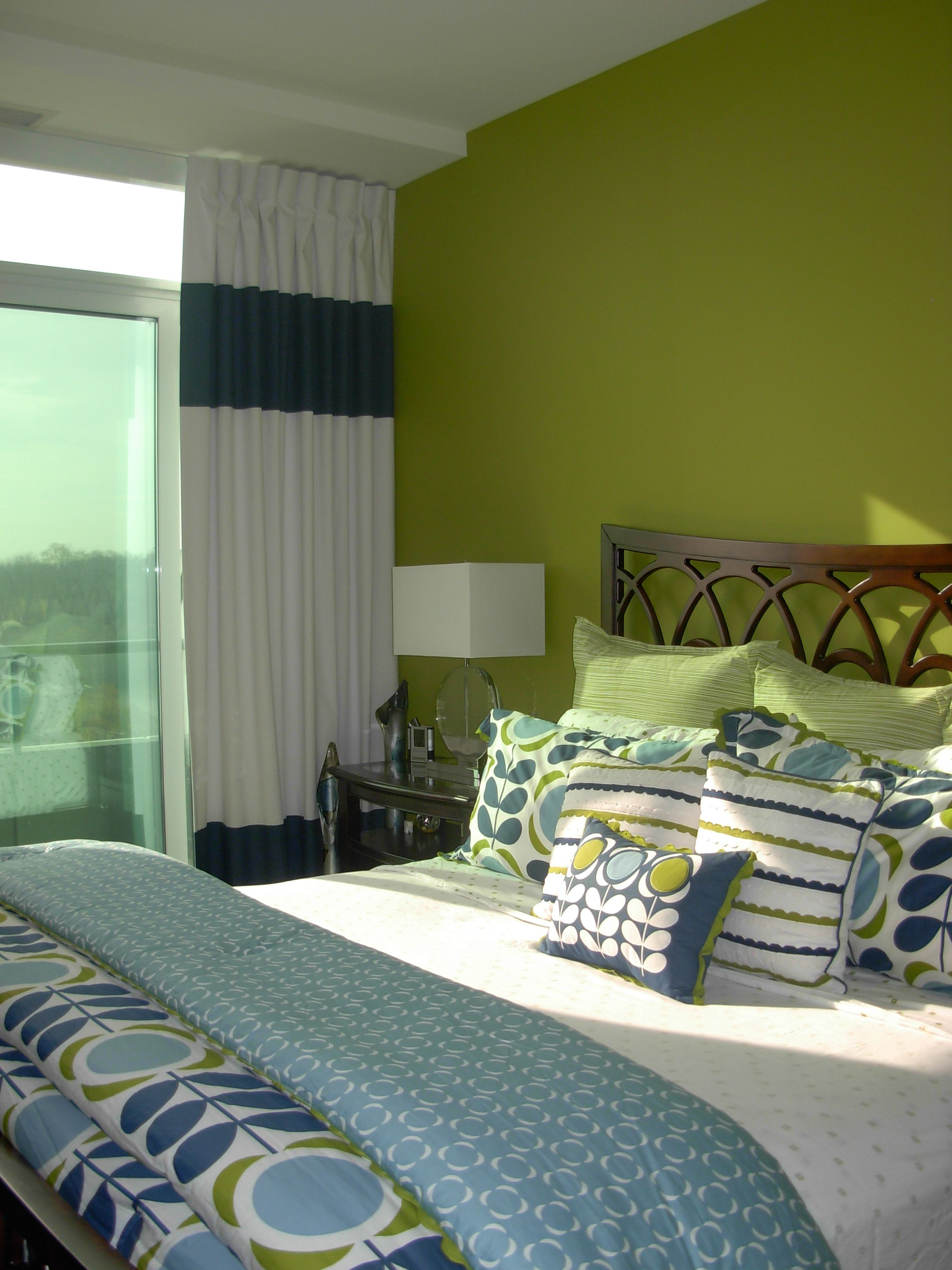 ShadesofHome Drapery.ca, White with navy banding and coordinating bedding