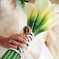these are my favourite flowers dont know what they are called #bouquet #flowers #wedding