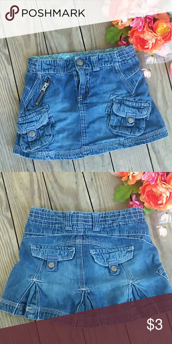 ace01734fe $3 ONLY IN BUNDLE Very cute. Pet and smoke free home. Size 4/5 Cherokee  Bottoms Skirts