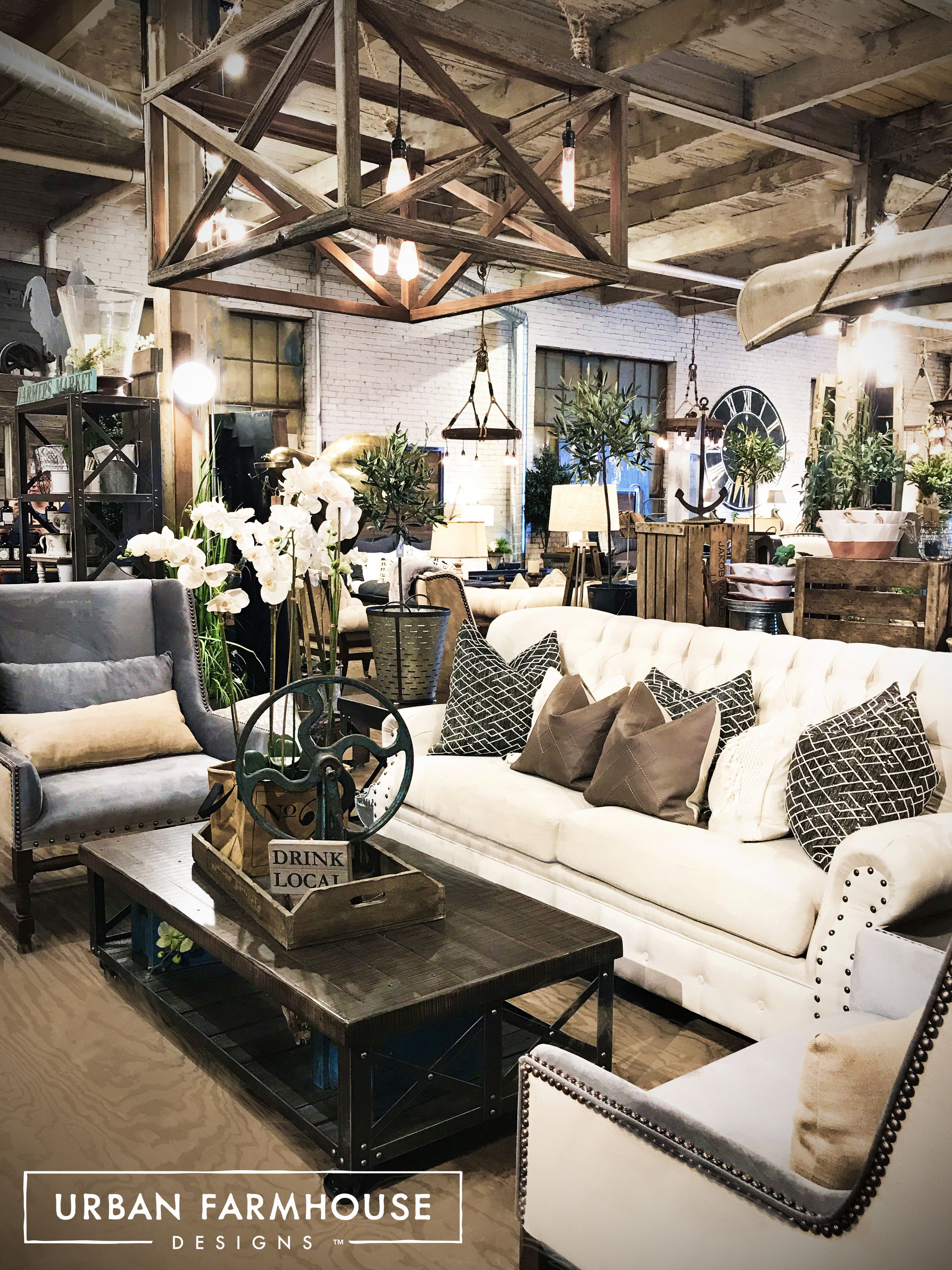 Urban Living Room: Check Out This Stylish Modern Farmhouse Crate Light