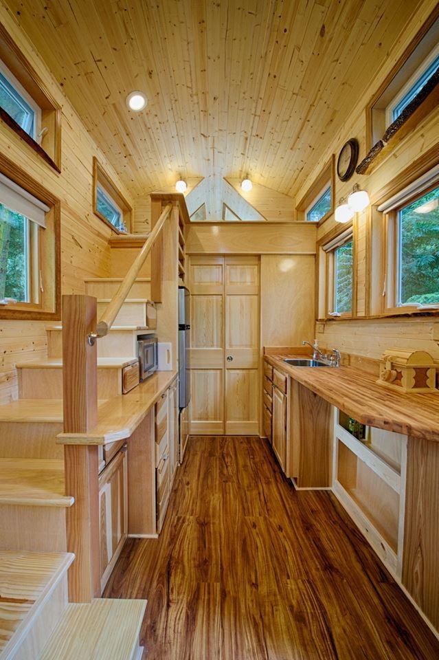 Carriage House Style Tiny House On Wheels Love Tiny House
