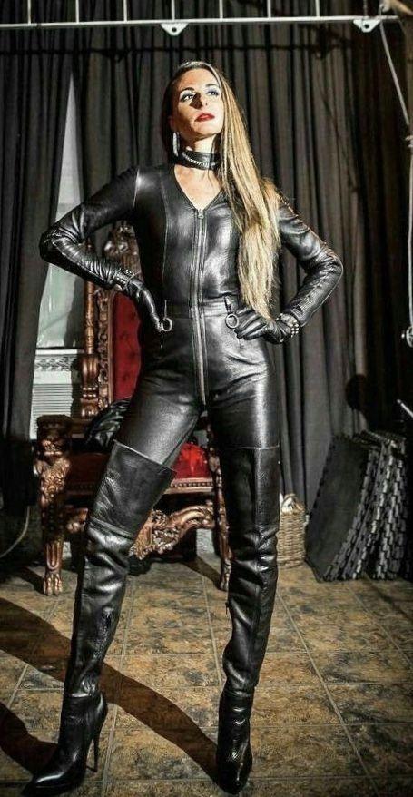Lederlady ️ Leather Dominatrix