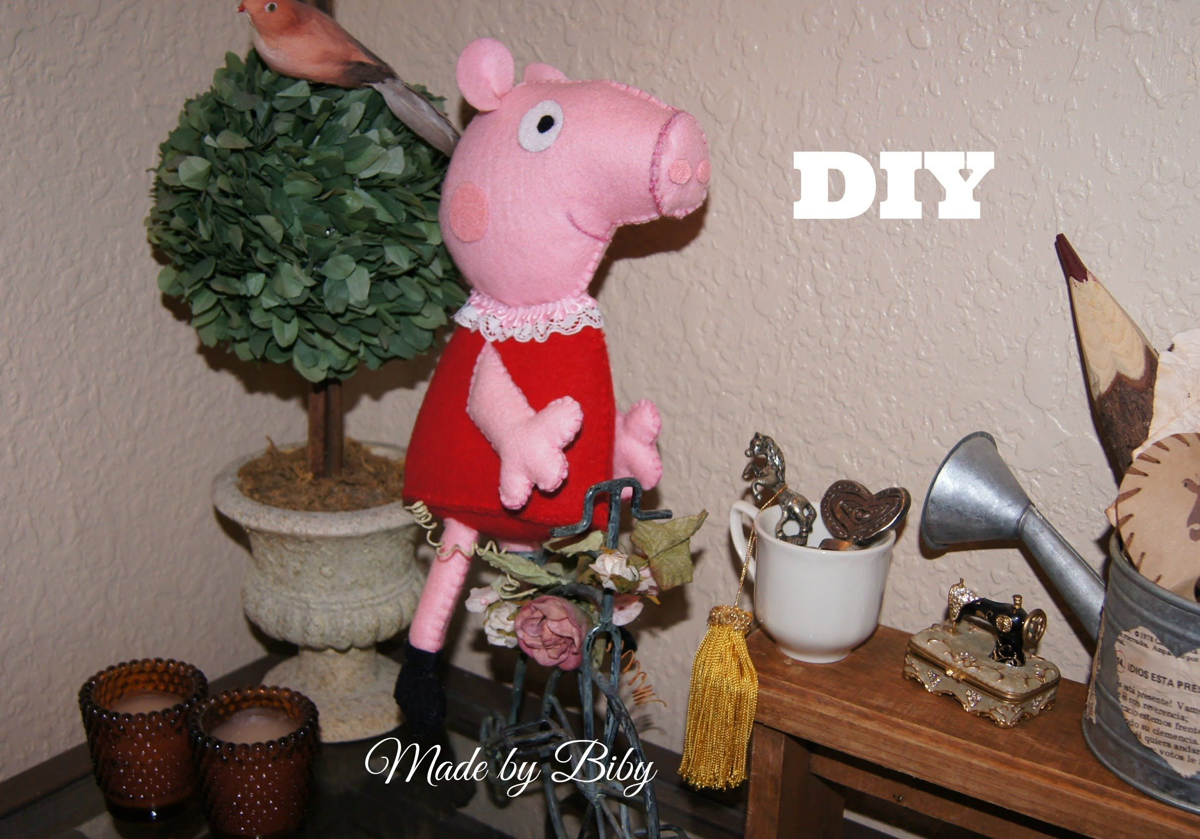 DIY-  PEPA PIG en fielro /  Manualidades BBarte1