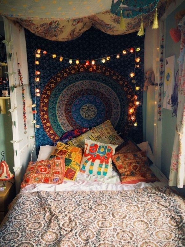 chambre hippie mur mandala imprimer boho coussin   boho living