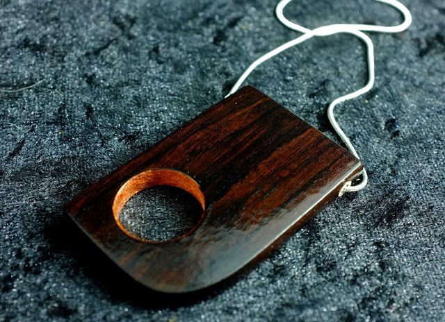 Diy copper and wooden pendant tutorial wooden jewelry pinterest diy copper and wooden pendant tutorial wooden jewelry pinterest tutorials pendants and woods aloadofball Image collections