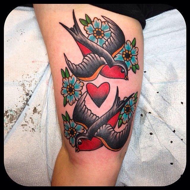 Love Bird Tattoo Traditional Tattoo Woman S Tattoo Traditional Tattoo Traditional Tattoo Bird Neck Tattoo