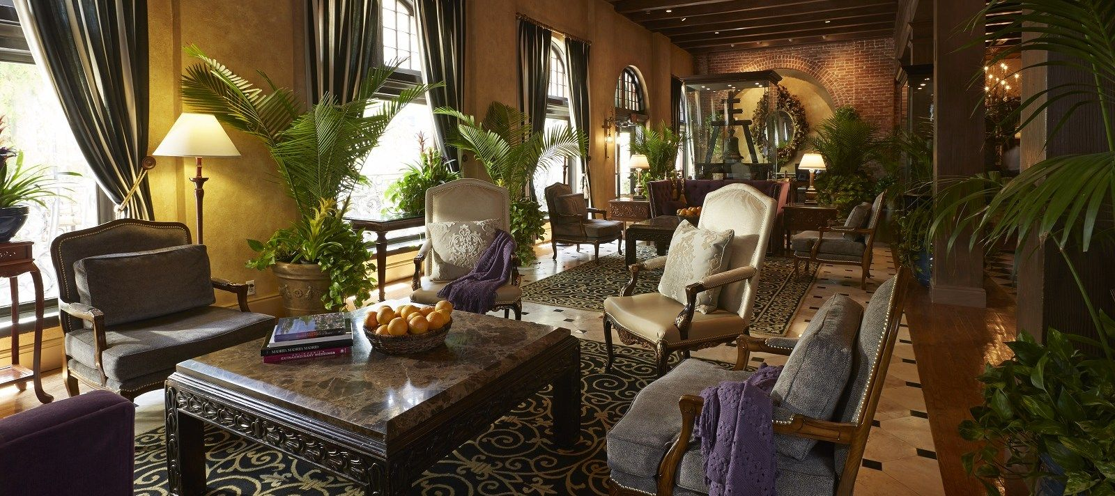 Southern california luxury hotel the mission inn hotel spa riverside