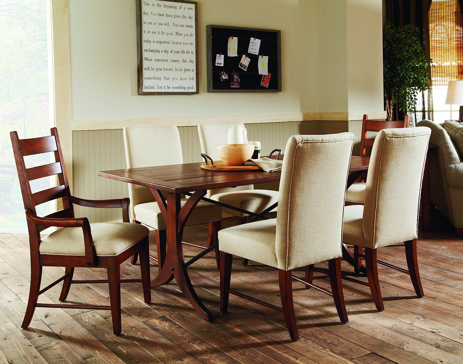 Kincaid Homecoming Rectangular Dining Table Set With Patterson Inspiration Dining Room Upholstered Chairs Design Decoration
