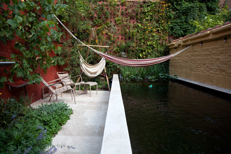 Stadstuin gent hof tuinarchitecten zwembad for Tuinarchitect gent