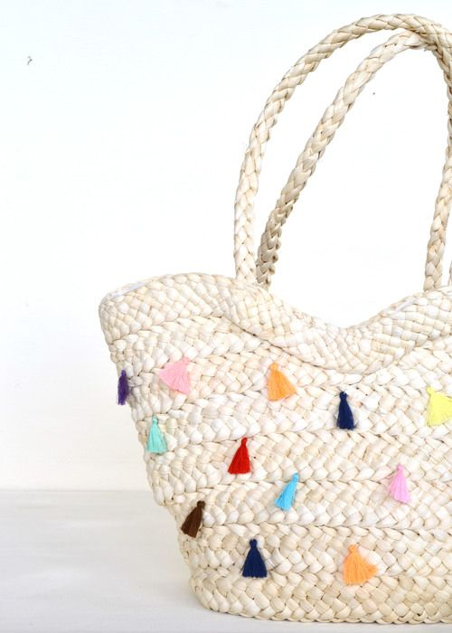 DIY Tassel Tote DIY and crafts, Tassels and Diy tassel