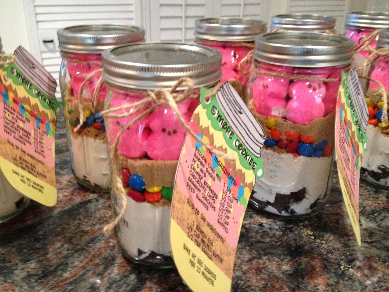S More Cookies In A Jar