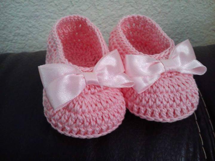 Zapatillas A Crochet Con Lazo