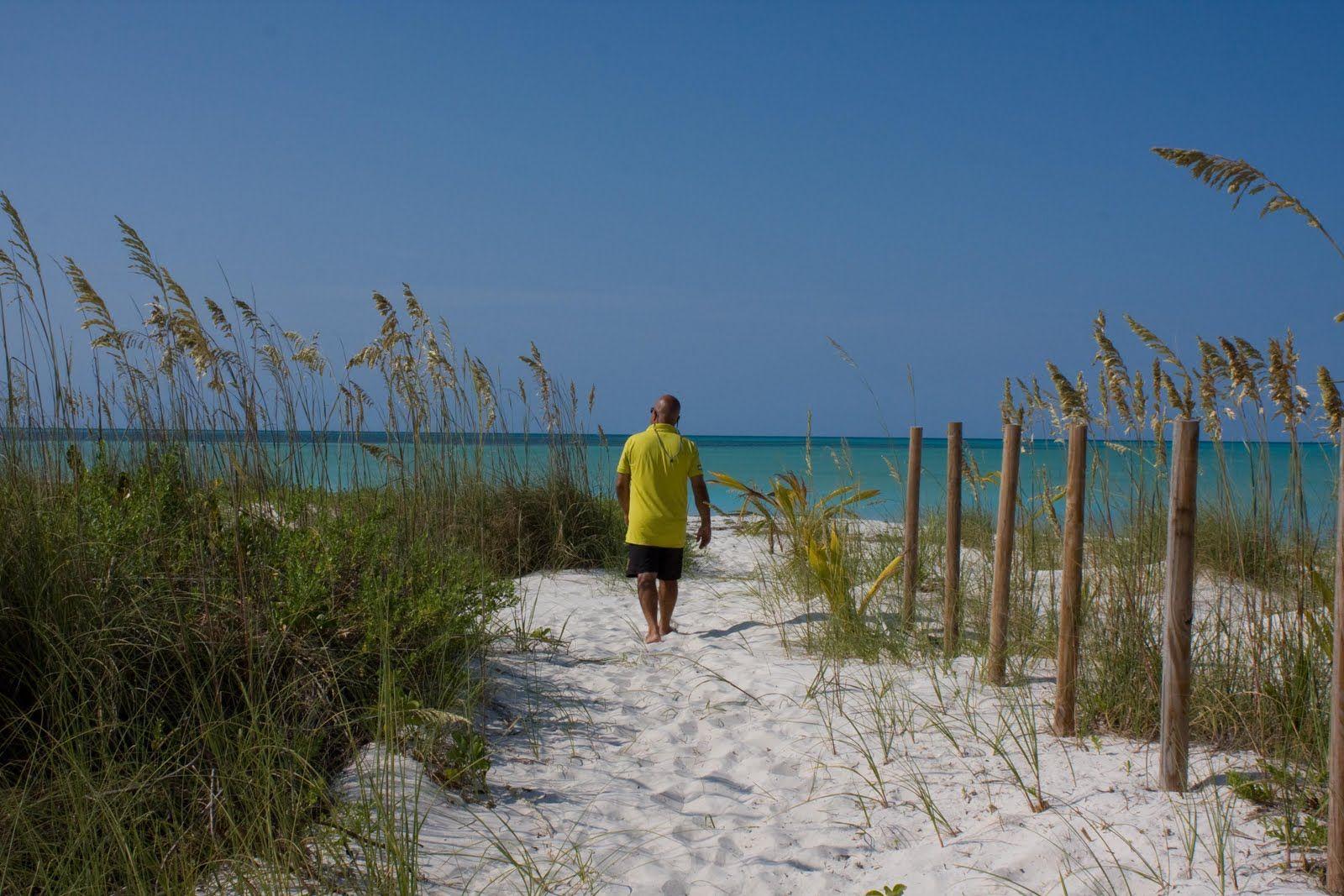 ploddingINparadise.com: SIGHTS OF SPANISH WELLS, Eleuthera, Bahamas