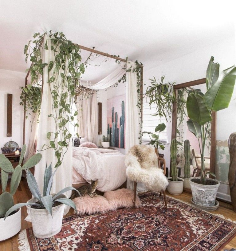 30+ Stunning Bohemian Bedroom Decor For Small Space #bohobedroom