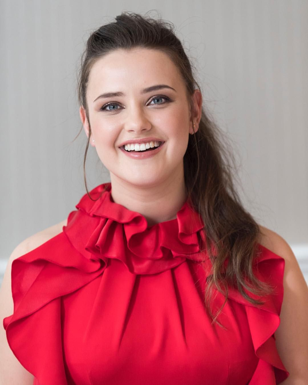 Katherine Langford is Leah Burke in 'Love Simon,' a