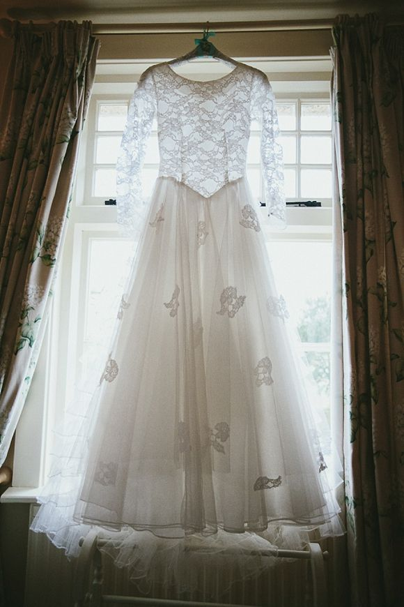 An Original Tiered 1950s Wedding Dress For A Quirky and Theatrical ...