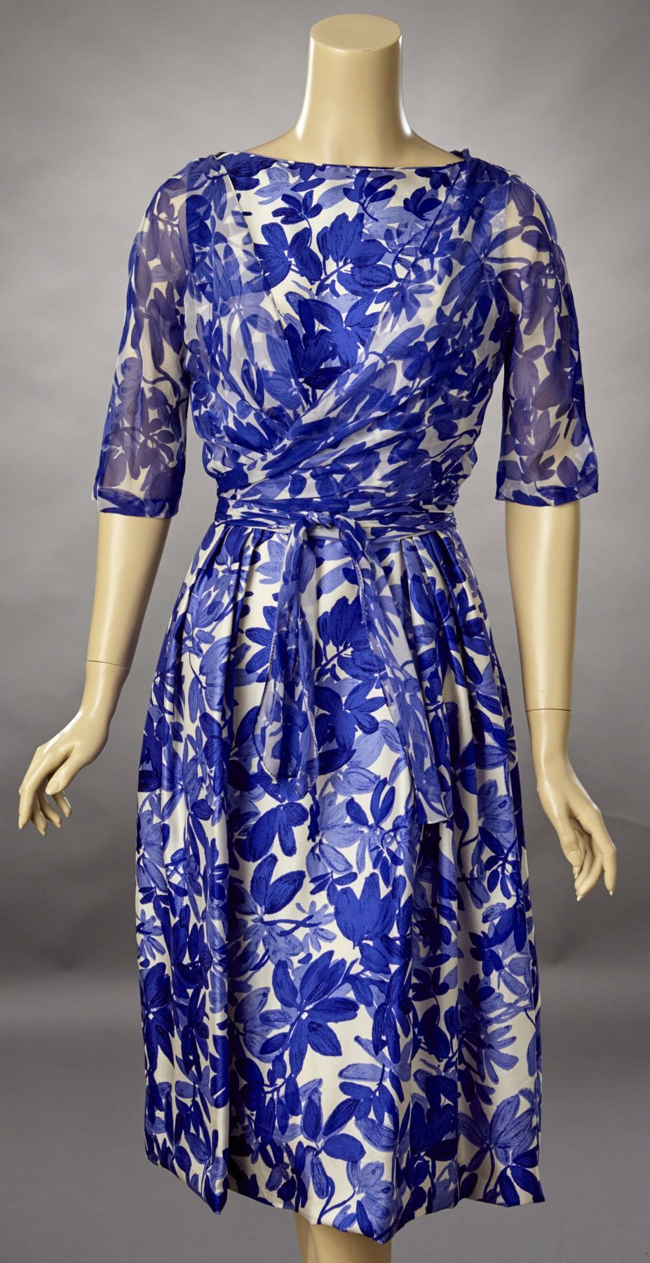 Miedoso Vestidos De Dama 1950 Ideas Ornamento Elaboración Festooning ...