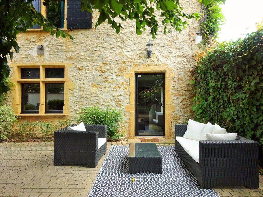 Maison a vendre villefranche sur saone 284 m2 695 for Agence immobiliere villefranche sur saone