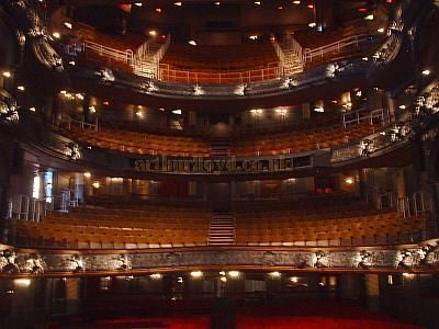 Palace Theatre Auditorium 2004. Photo M.L.