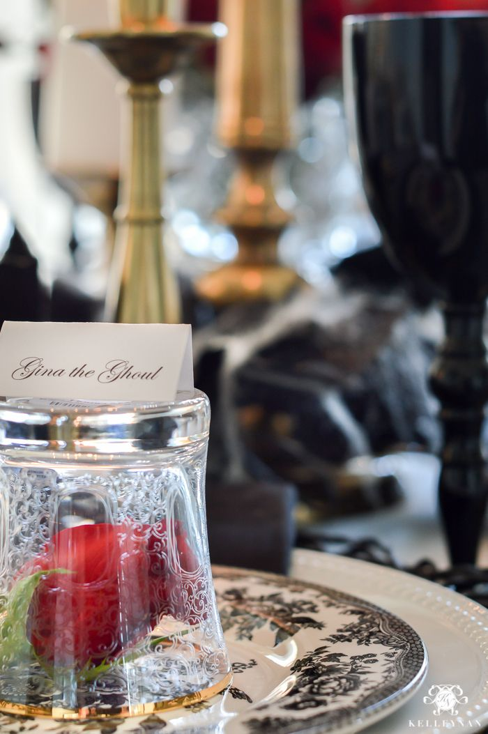 Dinner Party Name Ideas Part - 43: Creepy Name Ideas For Halloween Table Setting- Place Cards