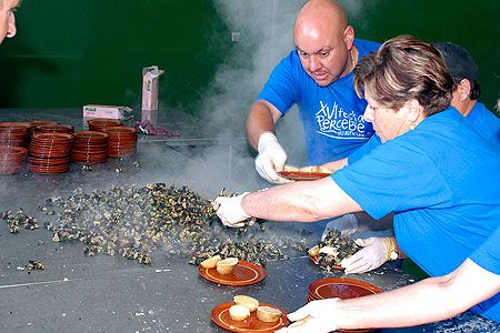 Xvi Festa Do Percebe Do Roncudo De Corme Thing 1 Fiesta Crustaceos