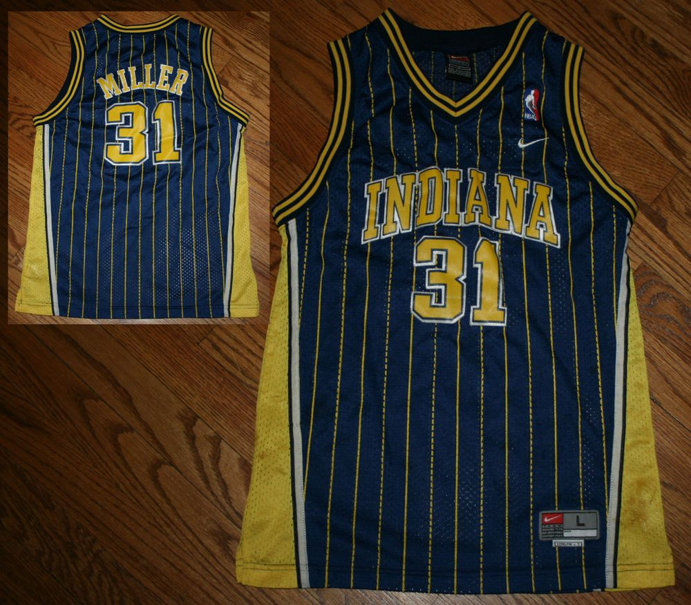 845f65918 Vintage Indiana Pacers Reggie Miller  31 NIKE pinstripe Sewn Jersey-Youth  Large