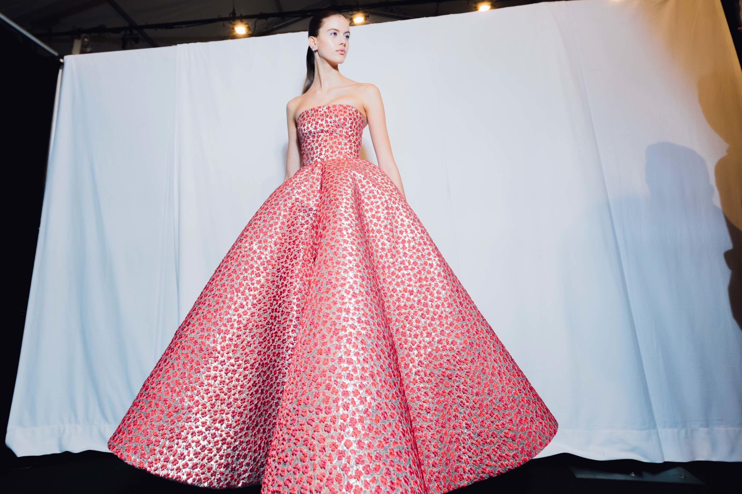 Our Best Backstage Pics From New York\'s Fall 2017 Shows | Oscar de ...