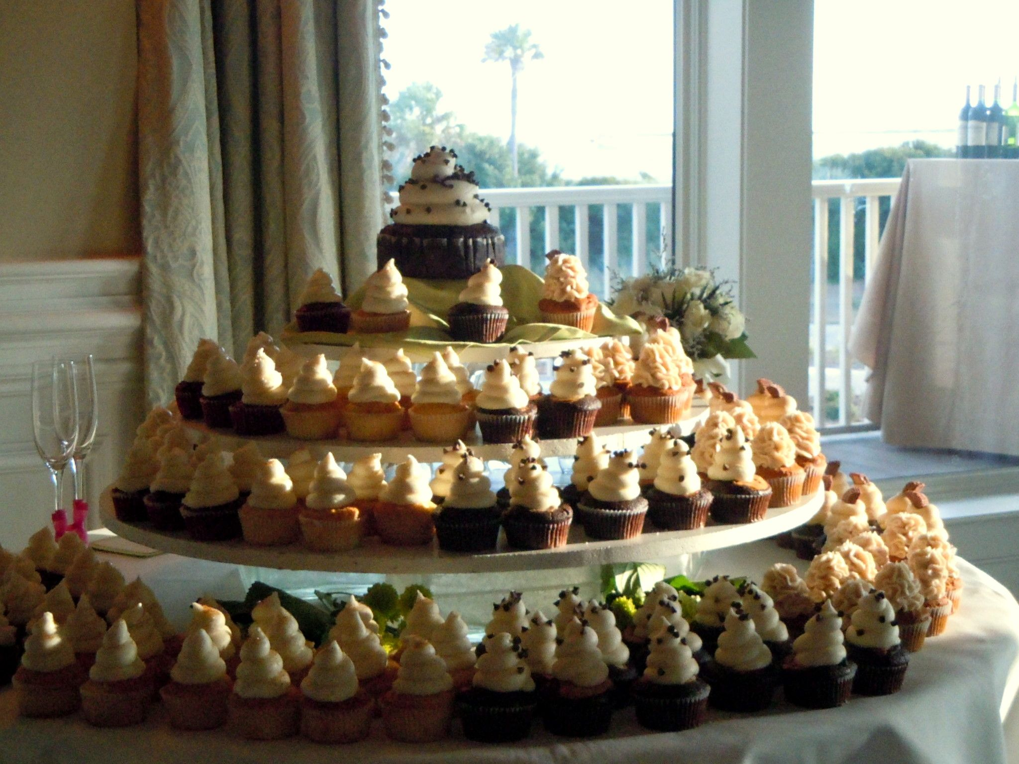 Fun cupcakes with many different flavors for the wedding
