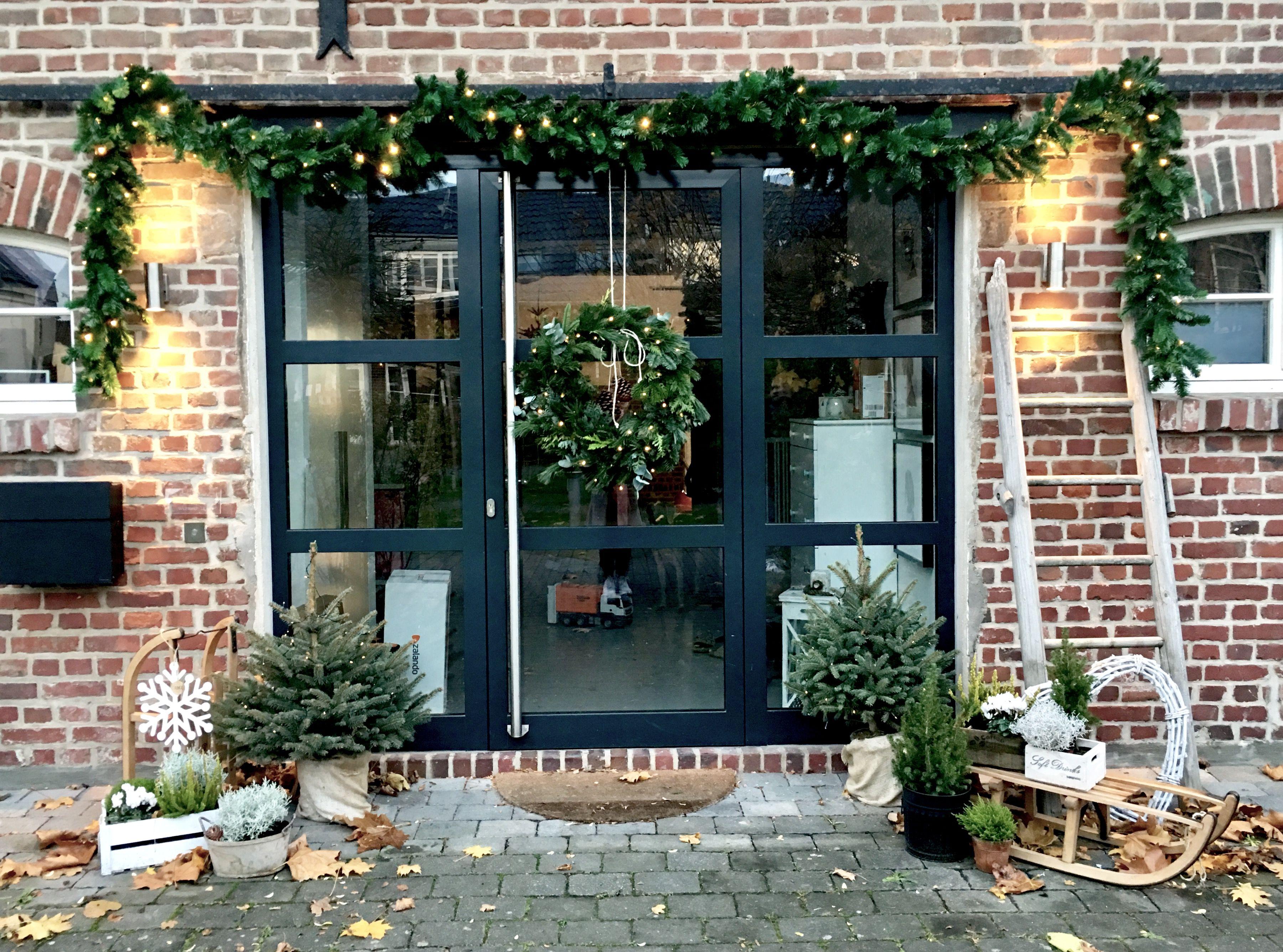 Weihnachtsdeko vor der Haustür | Christmas | Pinterest