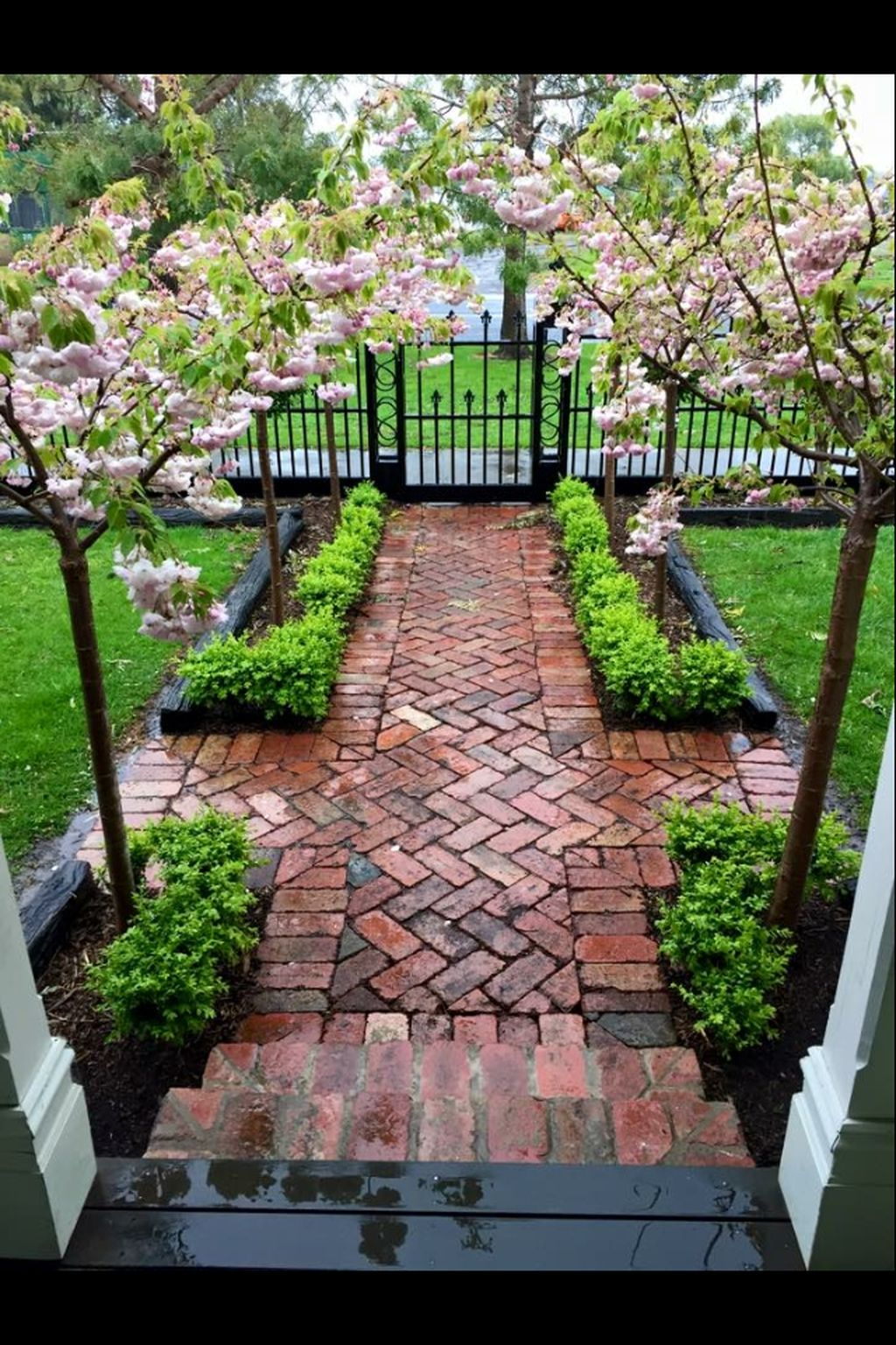 Landscaping ideas for front yard with porch   The Best Front Yard Landscaping Ideas With Porch  Garden To