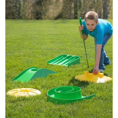 Design Your Own Mini Golf Course Kit With Storage Bag Hearthsong Golf Mini Design Mini Golf Course Mini Golf Set Mini Golf
