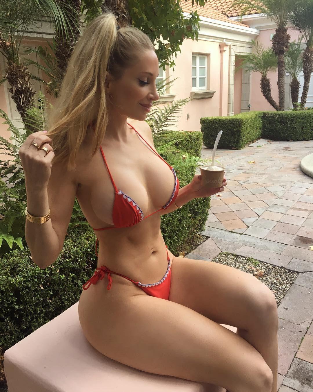 e39a70e402ac Pin de paco en pretty girls   Mujeres guapas, Chicas en bikini y ...