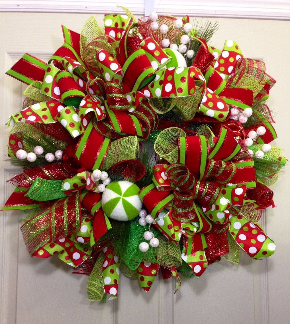 Christmas Mesh Wreath by WilliamsFloral on Etsy Deco