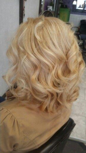 Golden blondes
