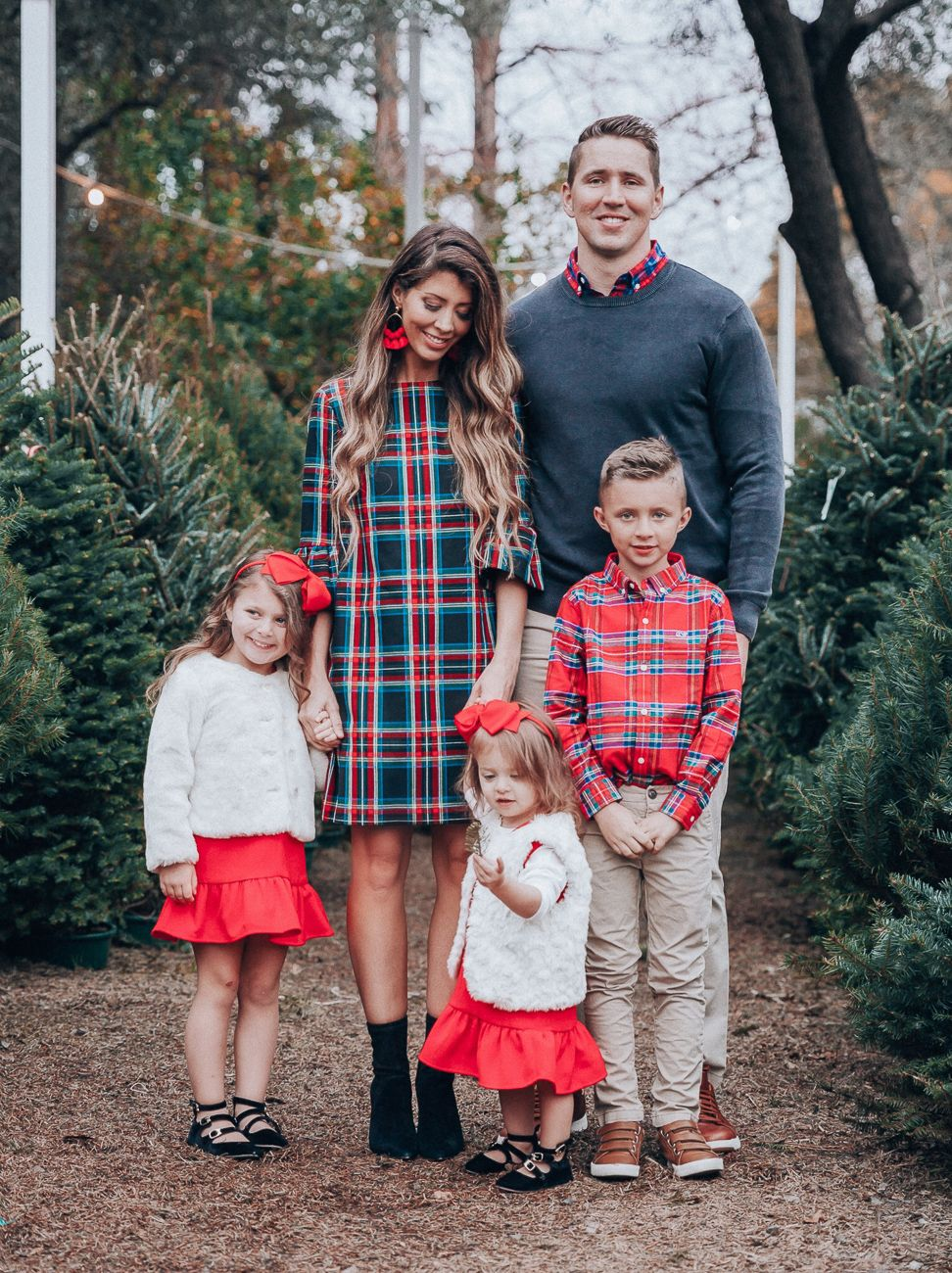 Cute Family Christmas Outfits | The Girl in the Yellow Dress