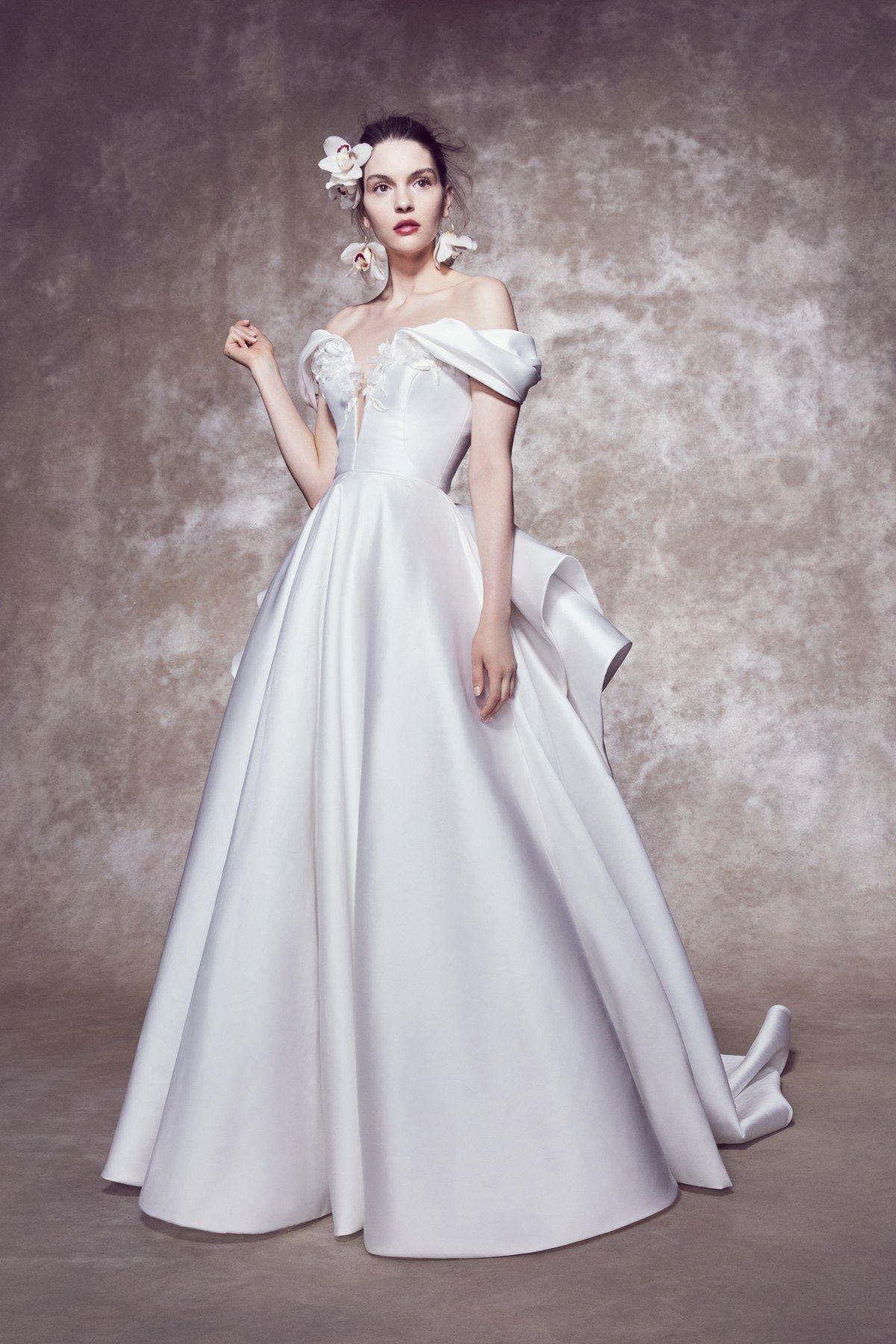 Marchesa Bridal Spring 2020 Fashion Show Marchesa Bridal Amazing Wedding Dress Wedding Dresses