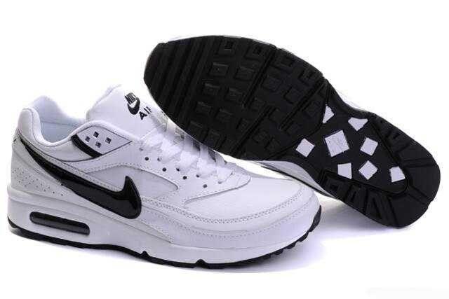 separation shoes 9aa20 70e53 Hommes Nike Air Max BW Chaussures Blanc Noir