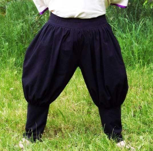 a44882b778af Image result for mens medieval clothing puffy pants   Midsummer ...