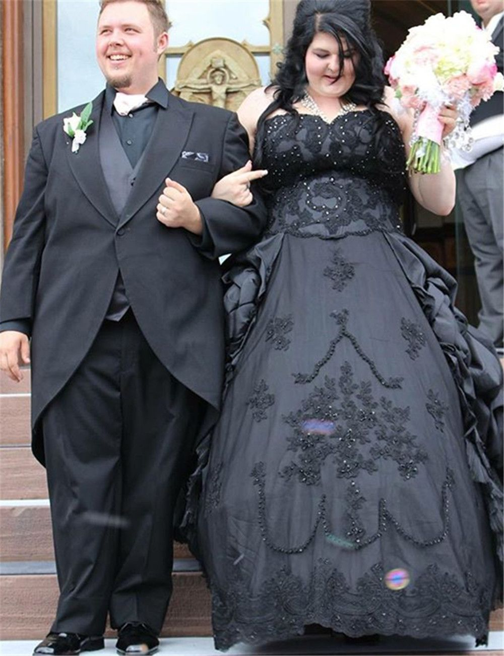 Gorgeous applique and beaded gothic wedding dreaa black gothic