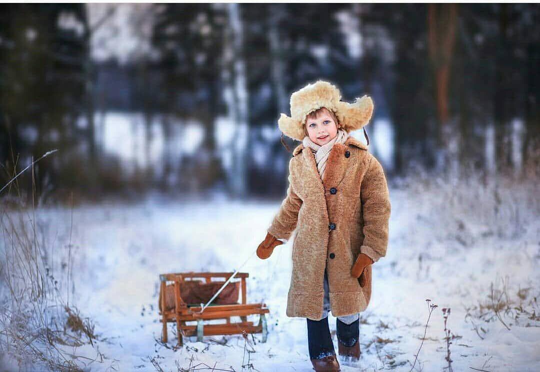 Фотосессия русская зима работа с аэрографом модели