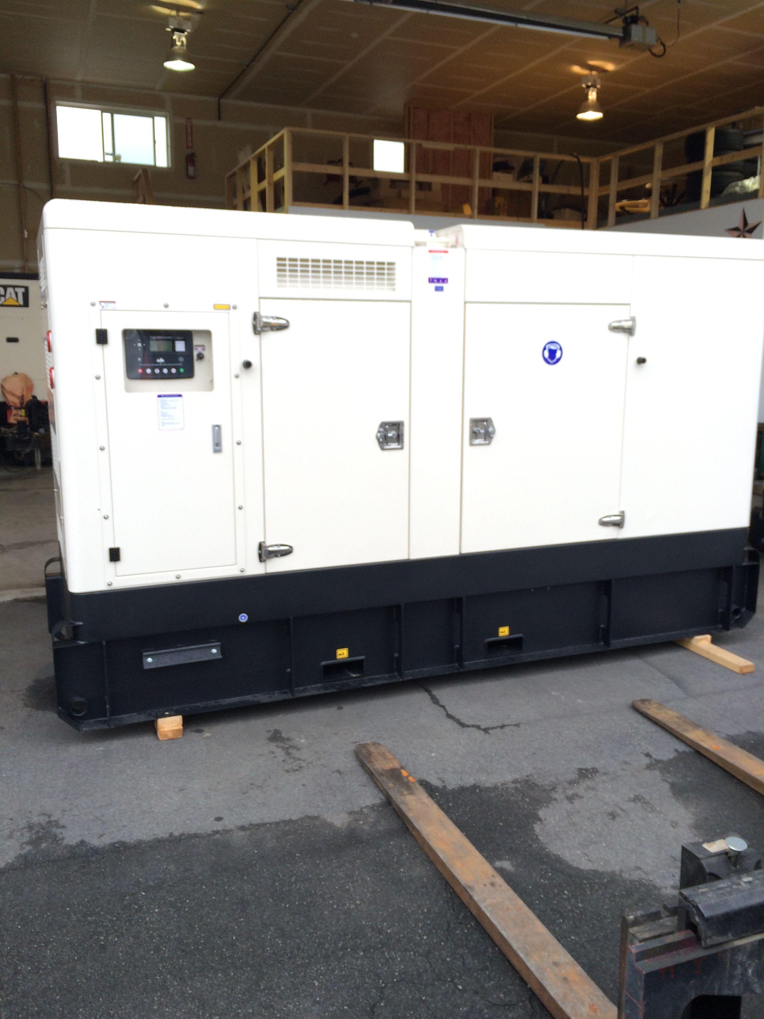 165 KW Diesel generators with Cummins engine and Stamford alternator