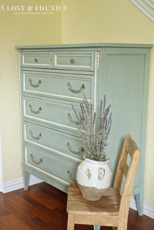 One Day Chalk Paint Makeover http://www.lostandfounddecor.com ...